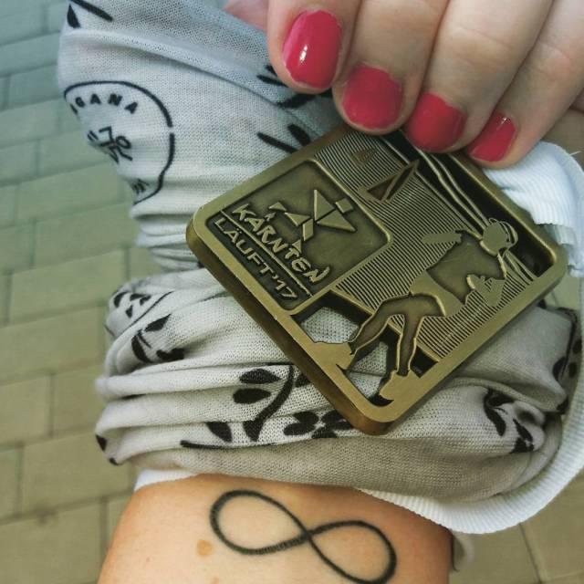 Kaernten-laueft-930-LCC-Heidi-infinity-medal